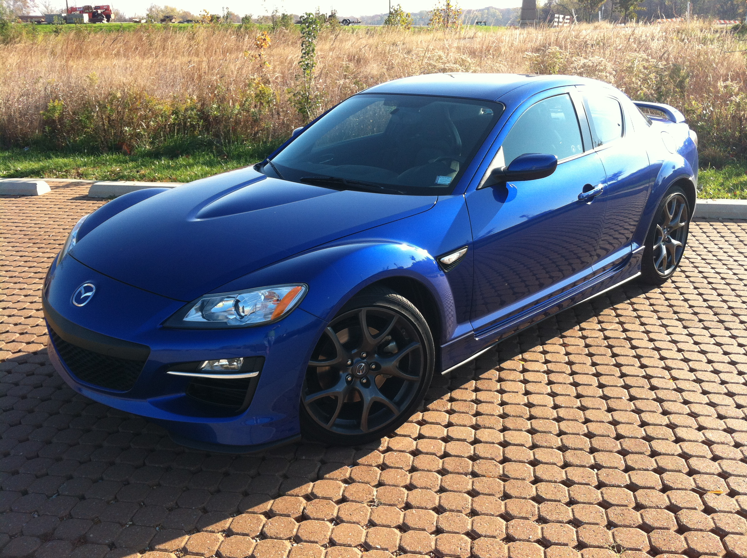 revisiting the rotary 2009 mazda rx 8 r3 limited slip blog. Black Bedroom Furniture Sets. Home Design Ideas