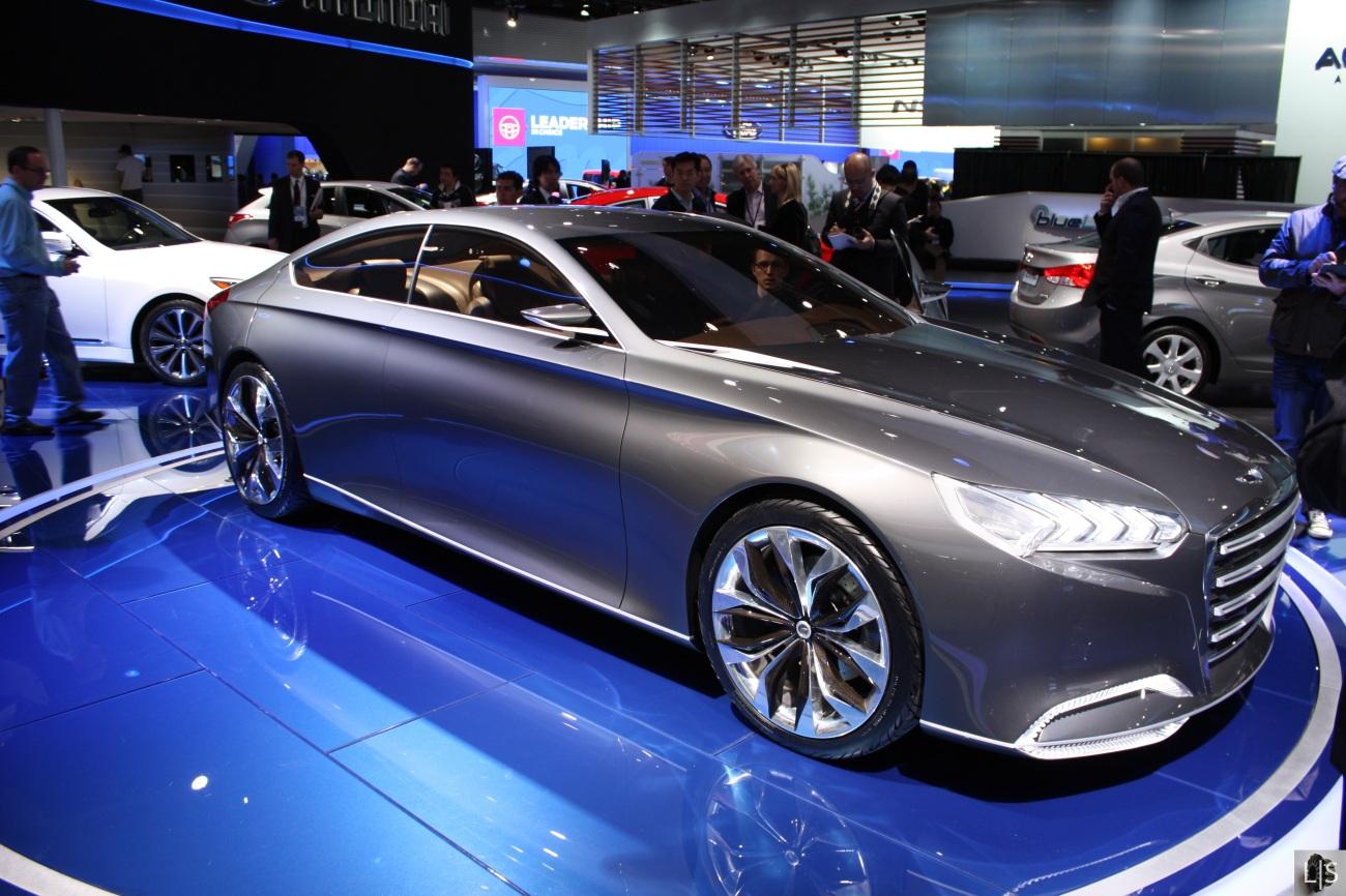 Hyundai HCD-14 Genesis Concept 1