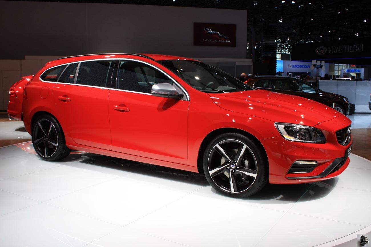 Volvo V60 R Design 2