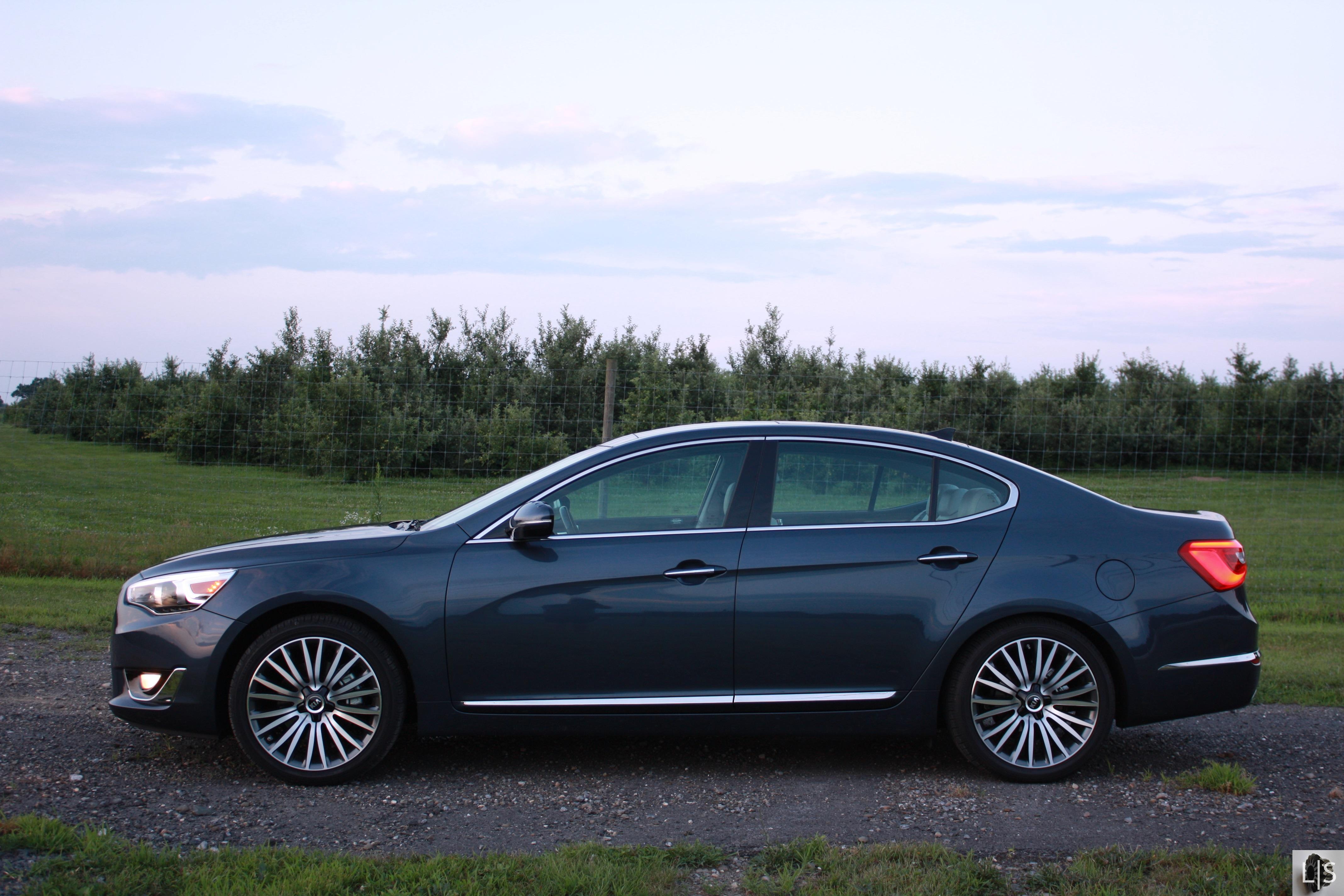 road cadenza kia report test limited clean fleet