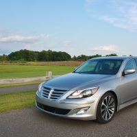 The Executive is in Town: 2013 Hyundai Genesis R-Spec