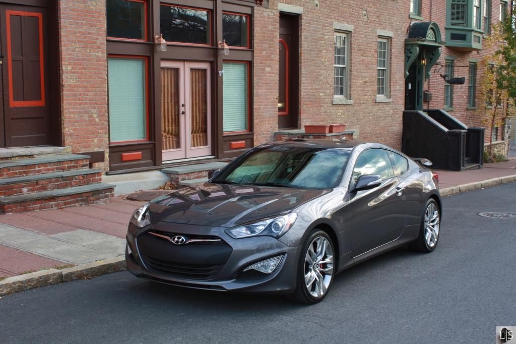 Hyundai Genesis Coupe 6