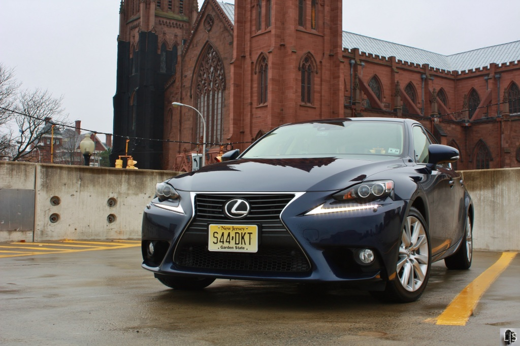 Lexus IS350 1