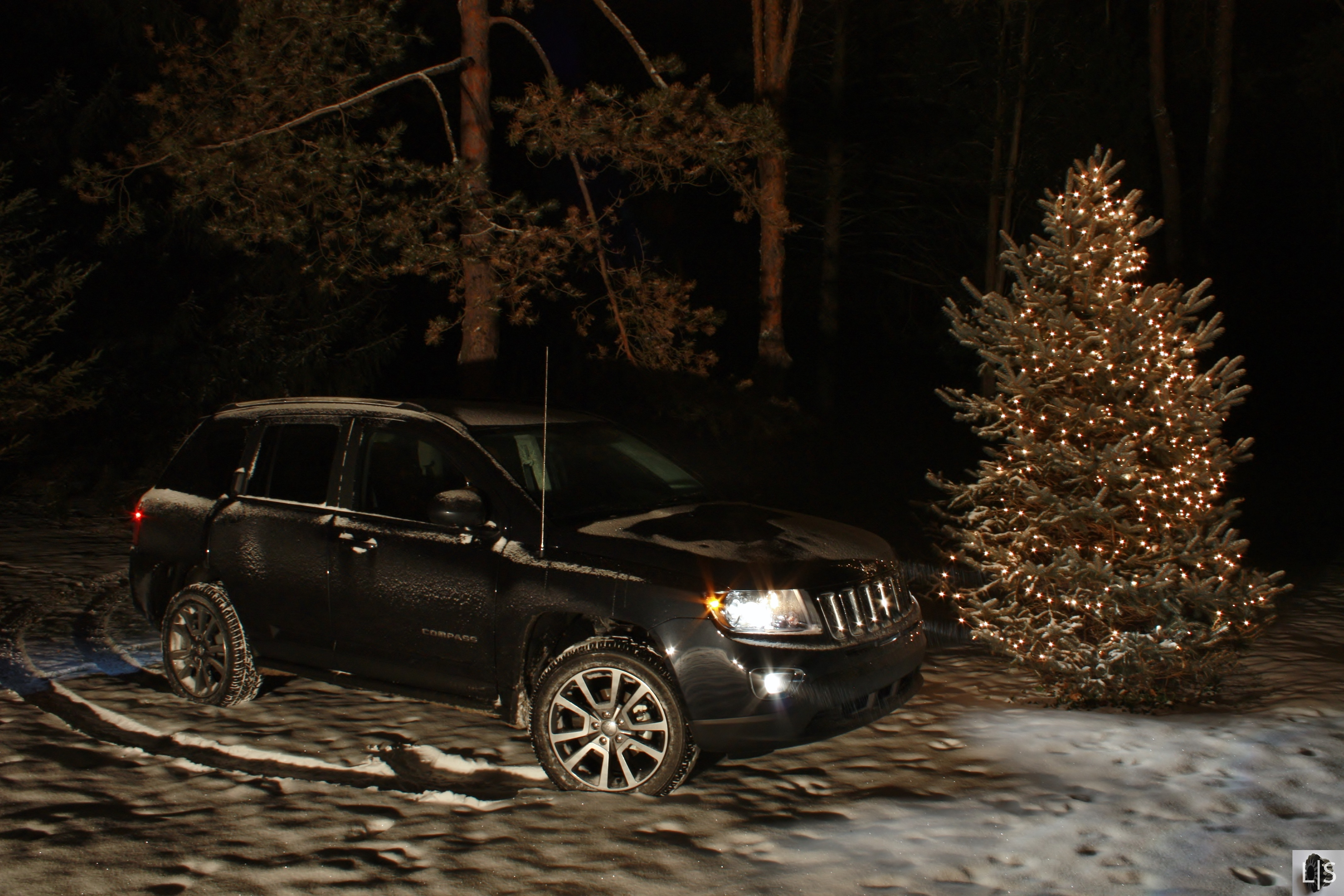 Christmas Jeep.Christmas Special Jeep Compass Limited Slip Blog