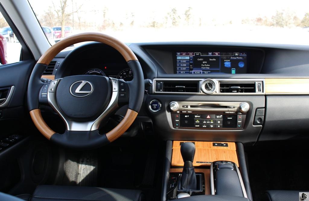Lexus GS450h 8