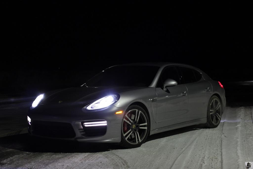 Porsche Panamera Turbo 1