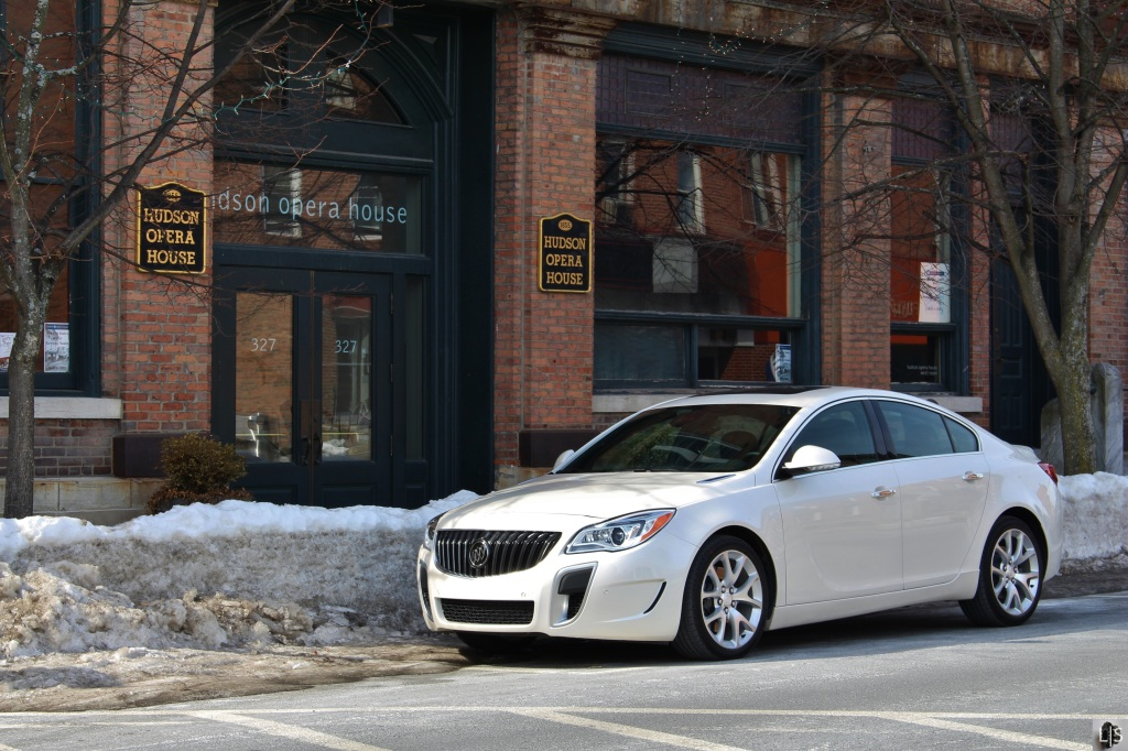 Buick Regal GS 1