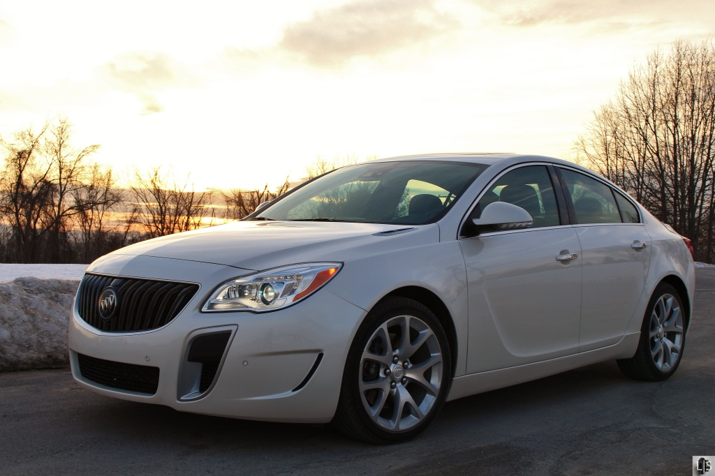 Buick Regal GS 5