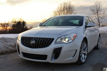 Buick Regal GS 6