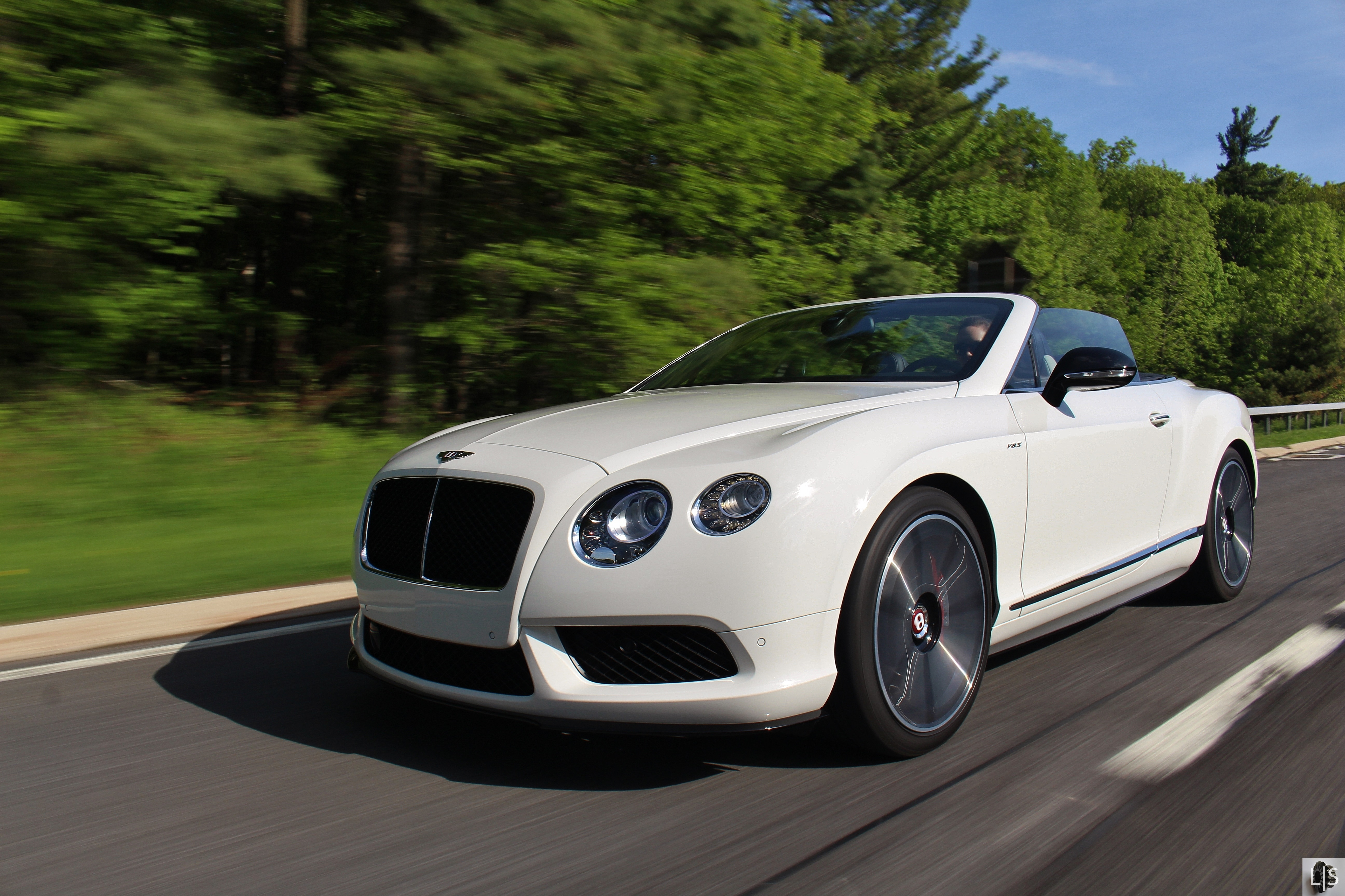 Opulence Bentley Continental Gt V8 S Convertible