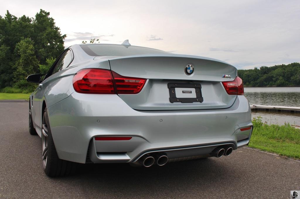 BMW M4 7