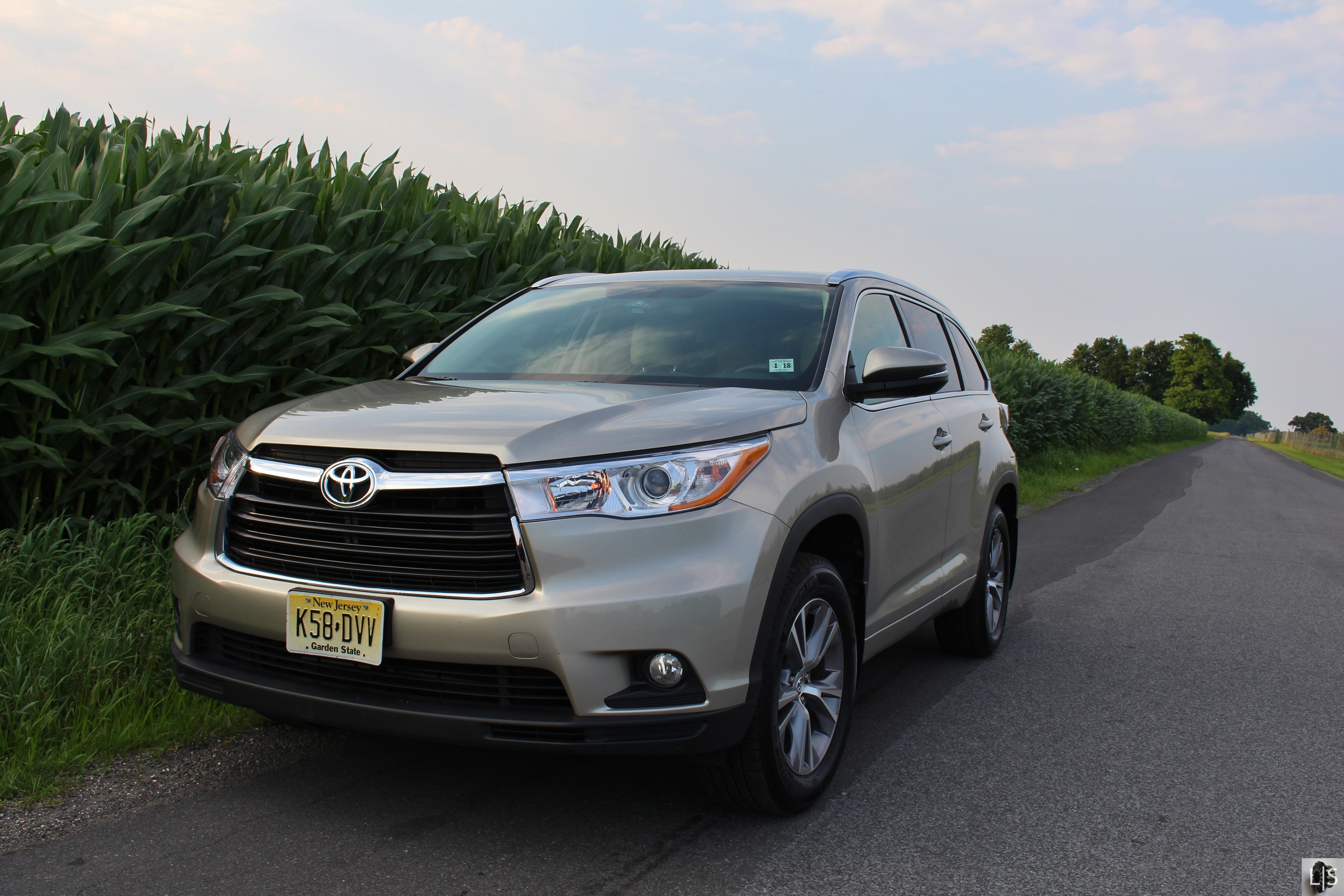 suv rapha driving reviews road review hybrid l msrp created with highlander test toyota