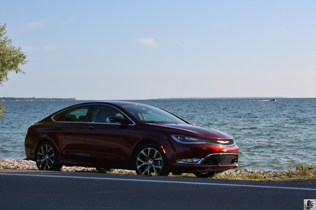 Chrysler 200C 7