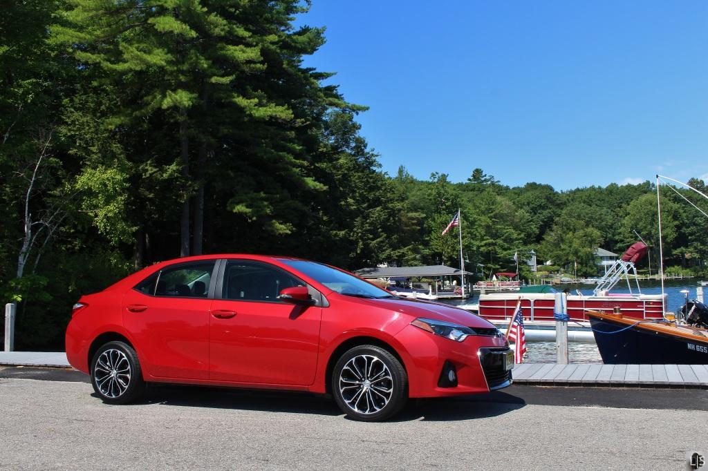 Toyota Corolla S 4