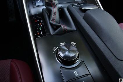 Lexus IS350 F Sport 15