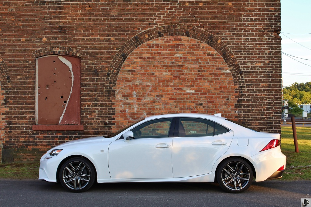 Lexus IS350 F Sport 6