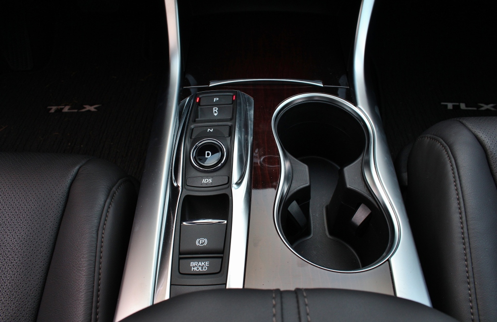 2015 Acura TLX 12