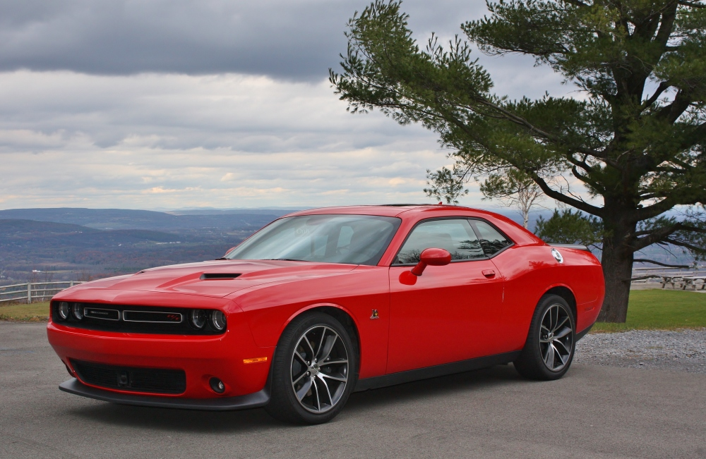when will the new dodge challenger come out autos weblog. Black Bedroom Furniture Sets. Home Design Ideas