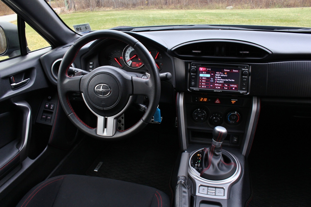 2015 Scion FRS 16