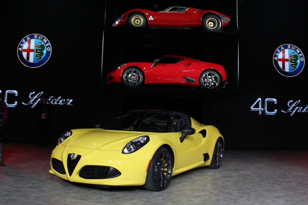 Alfa Romeo 4C Spyder 1