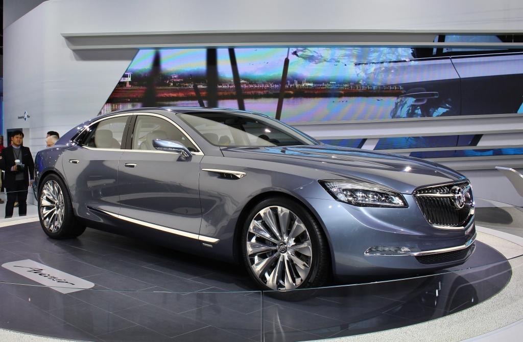 Buick Avenir 1