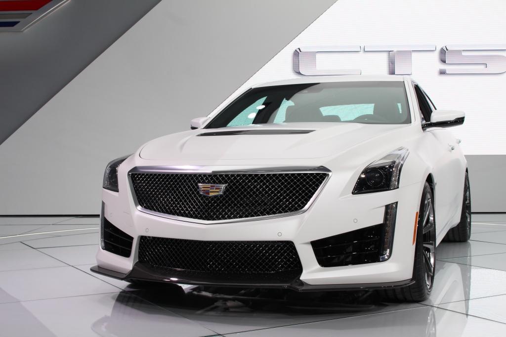 Cadillac CTS-V 1