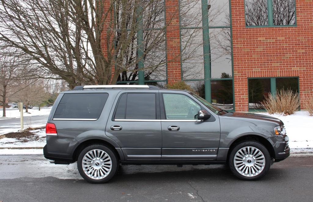 Lincoln Navigator 4