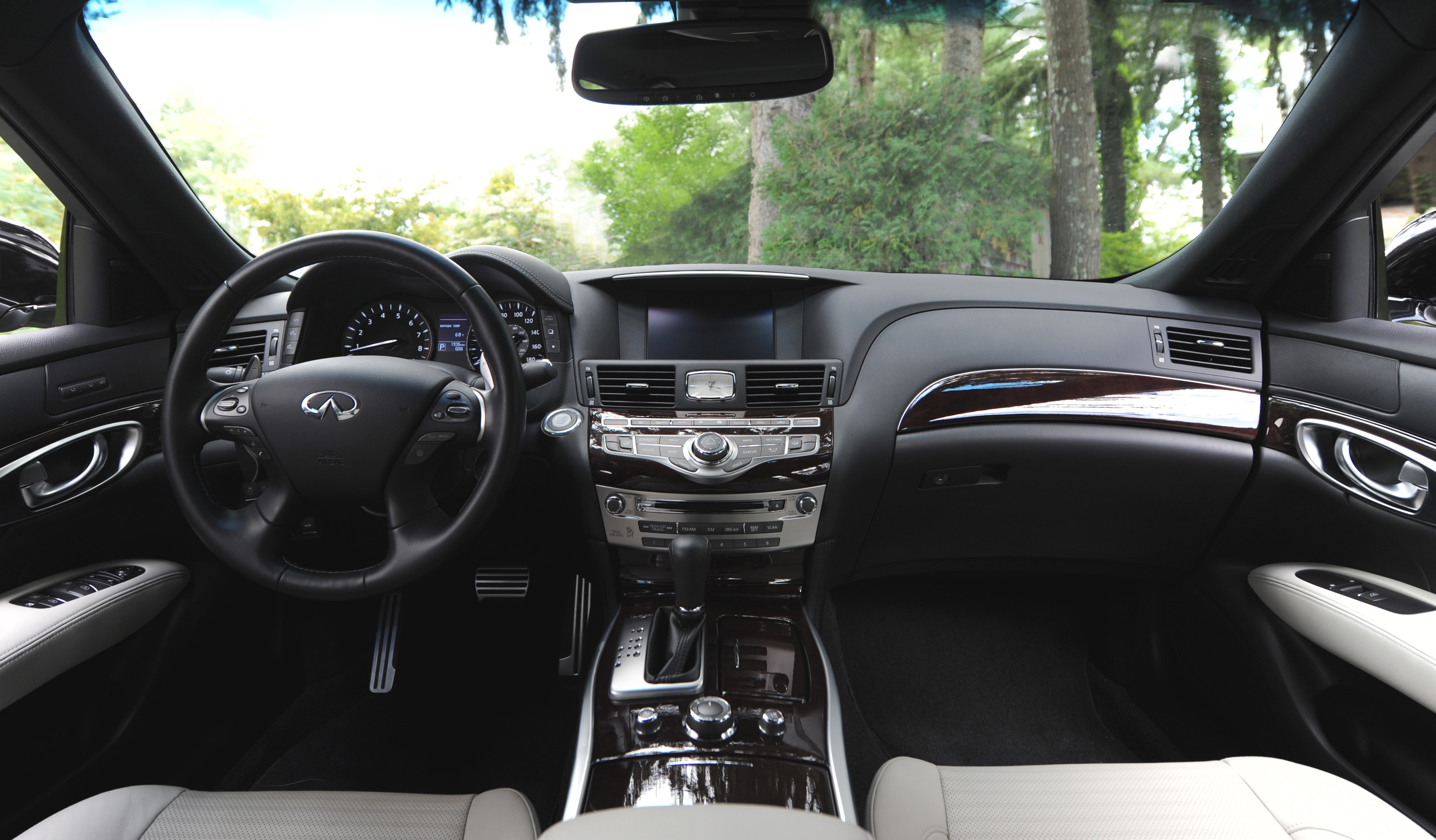 automiddleeast drive q infinity infiniti interior com first headline