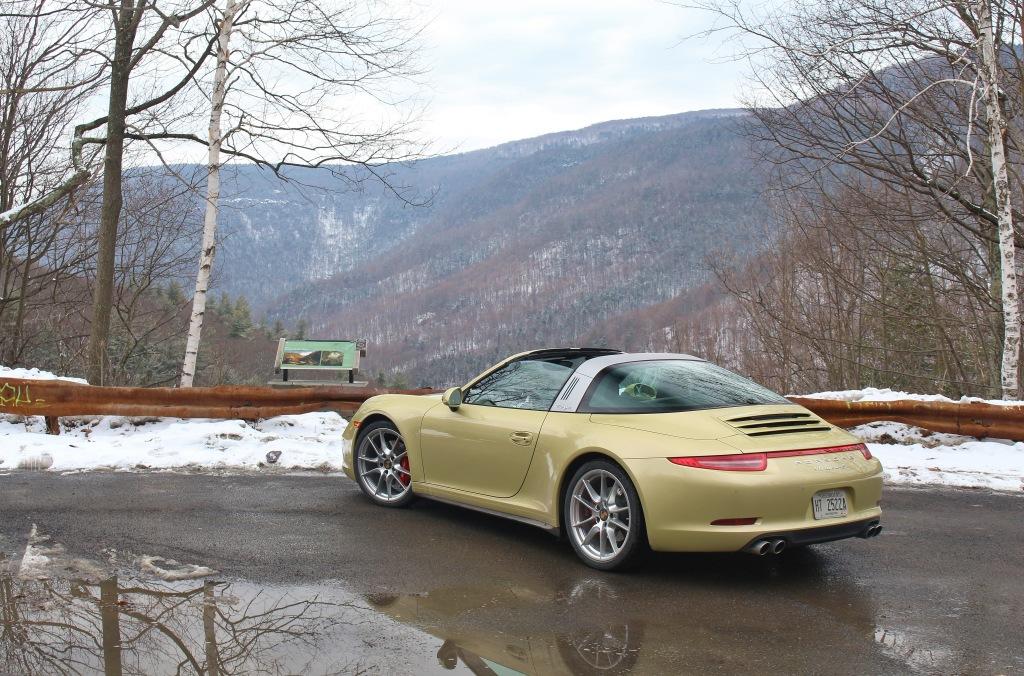 Porsche 911 Targa 4S 7