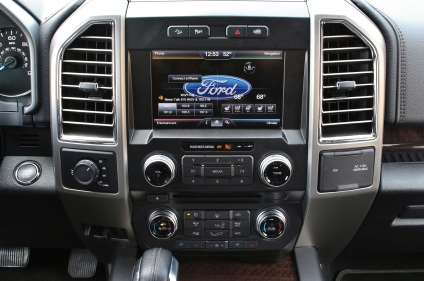 2015 Ford F150 Platinum 11