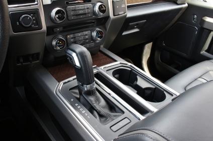 2015 Ford F150 Platinum 13