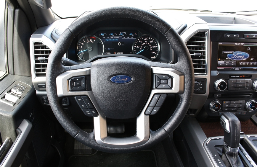 2015 Ford F150 Platinum 9