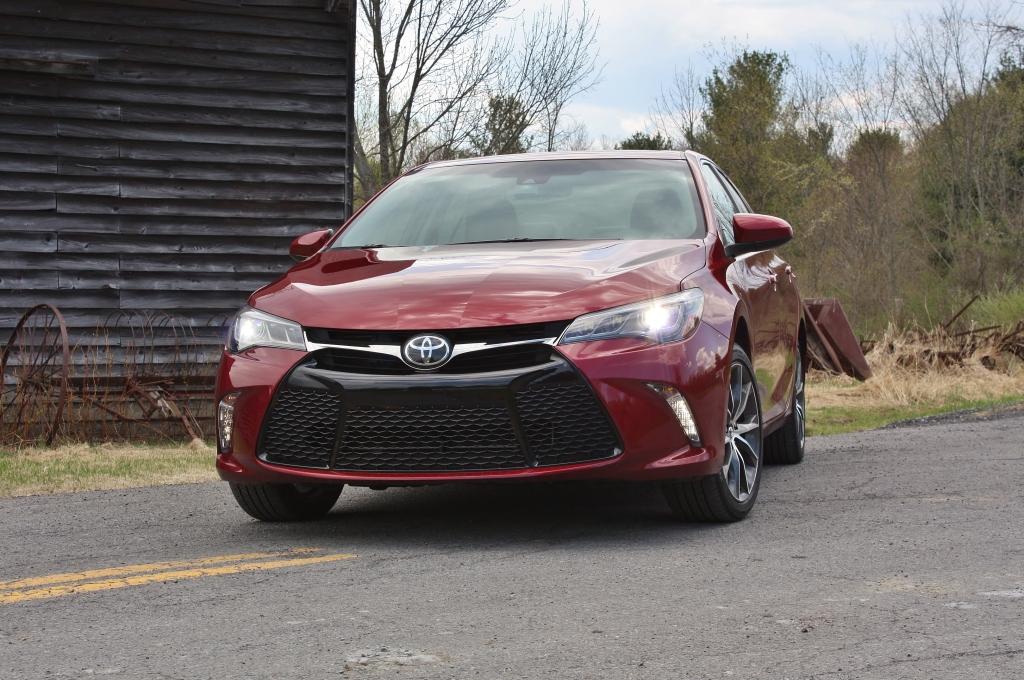 Toyota Camry XSE 3