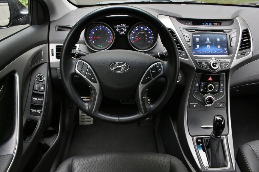 Hyundai Elantra Sport 10