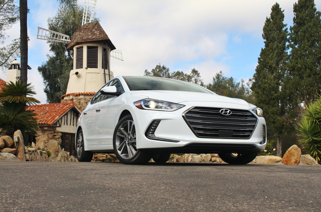 2017 Hyundai Elantra Limited 5