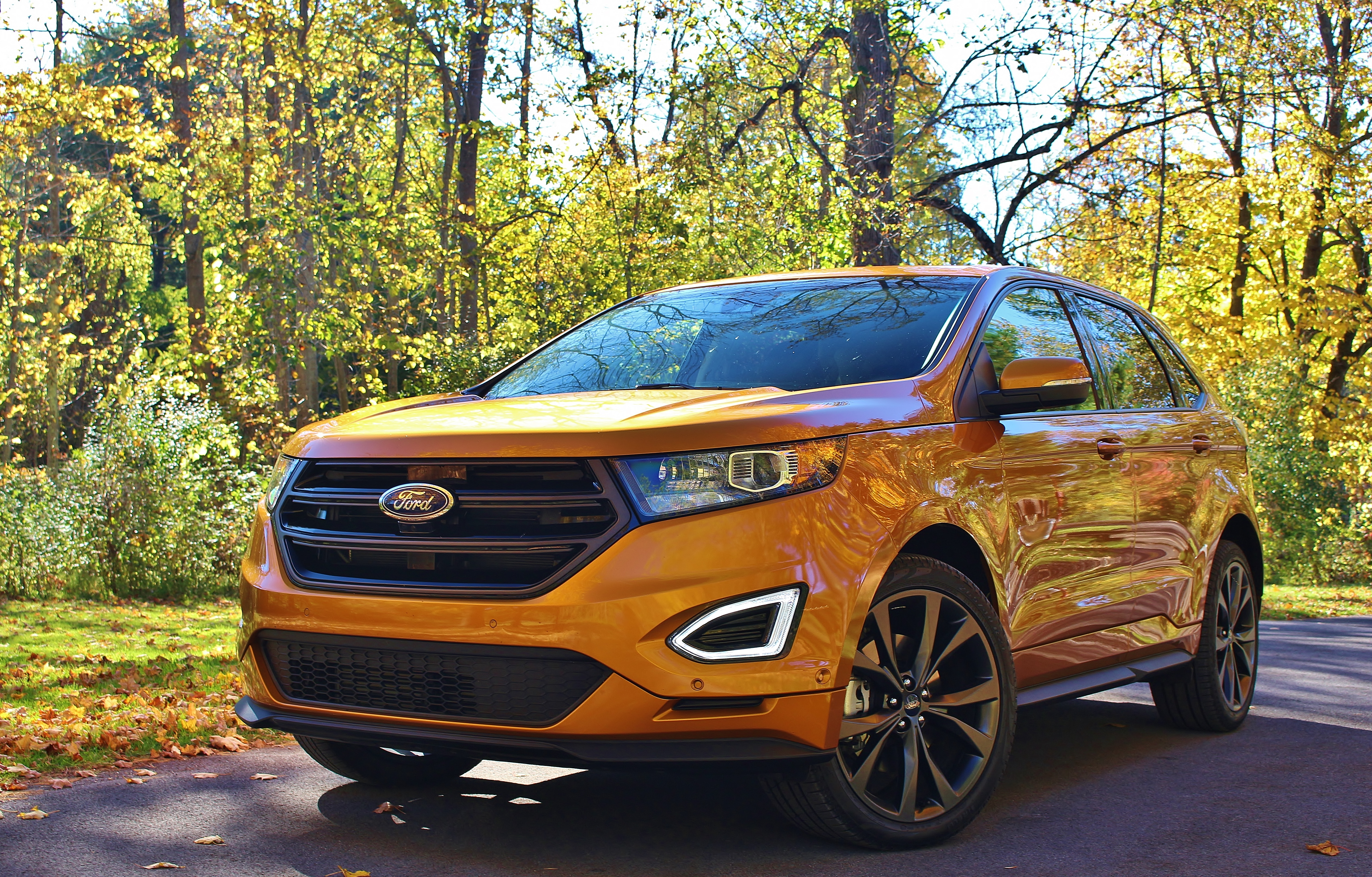 ford se driving road escape test review suv reviews
