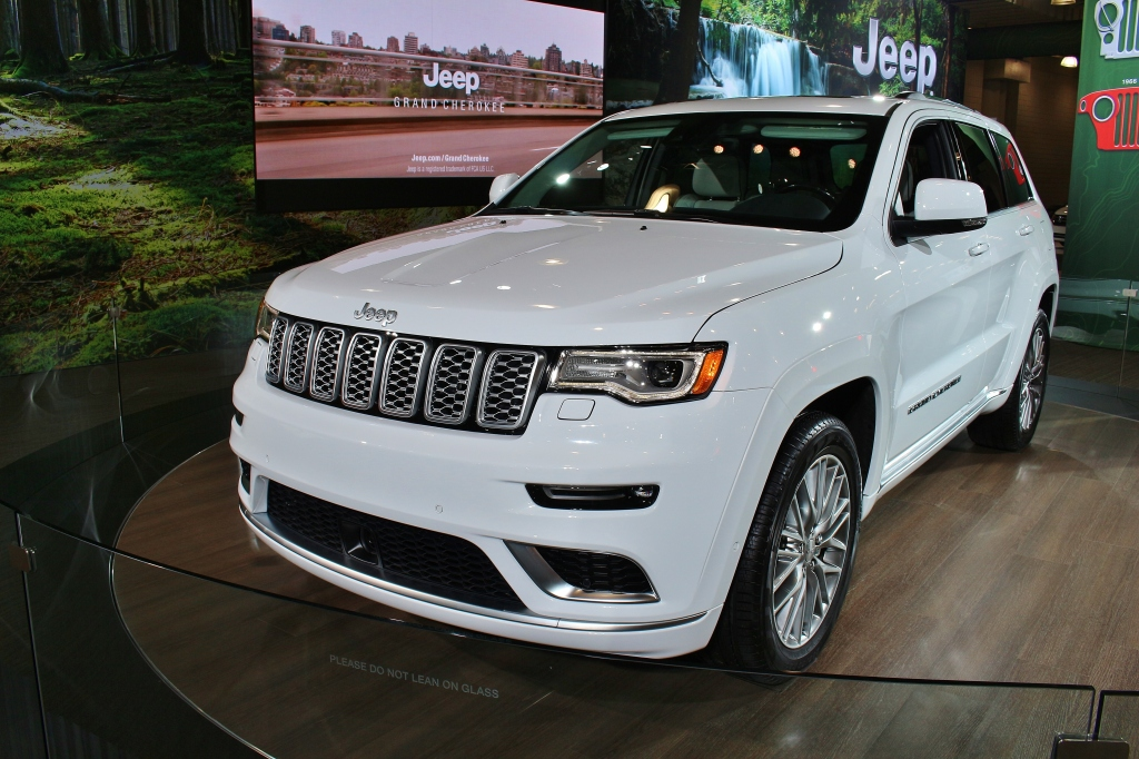 2016 Jeep Grand Cherokee Summit 2