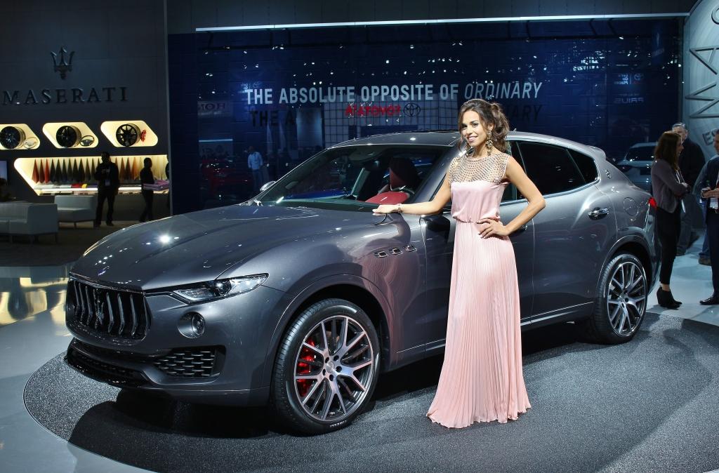 2016 Maserati Levante 3