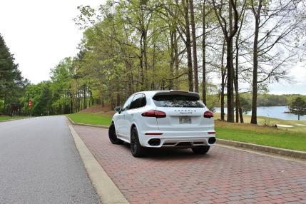 Porsche Cayenne GTS 9
