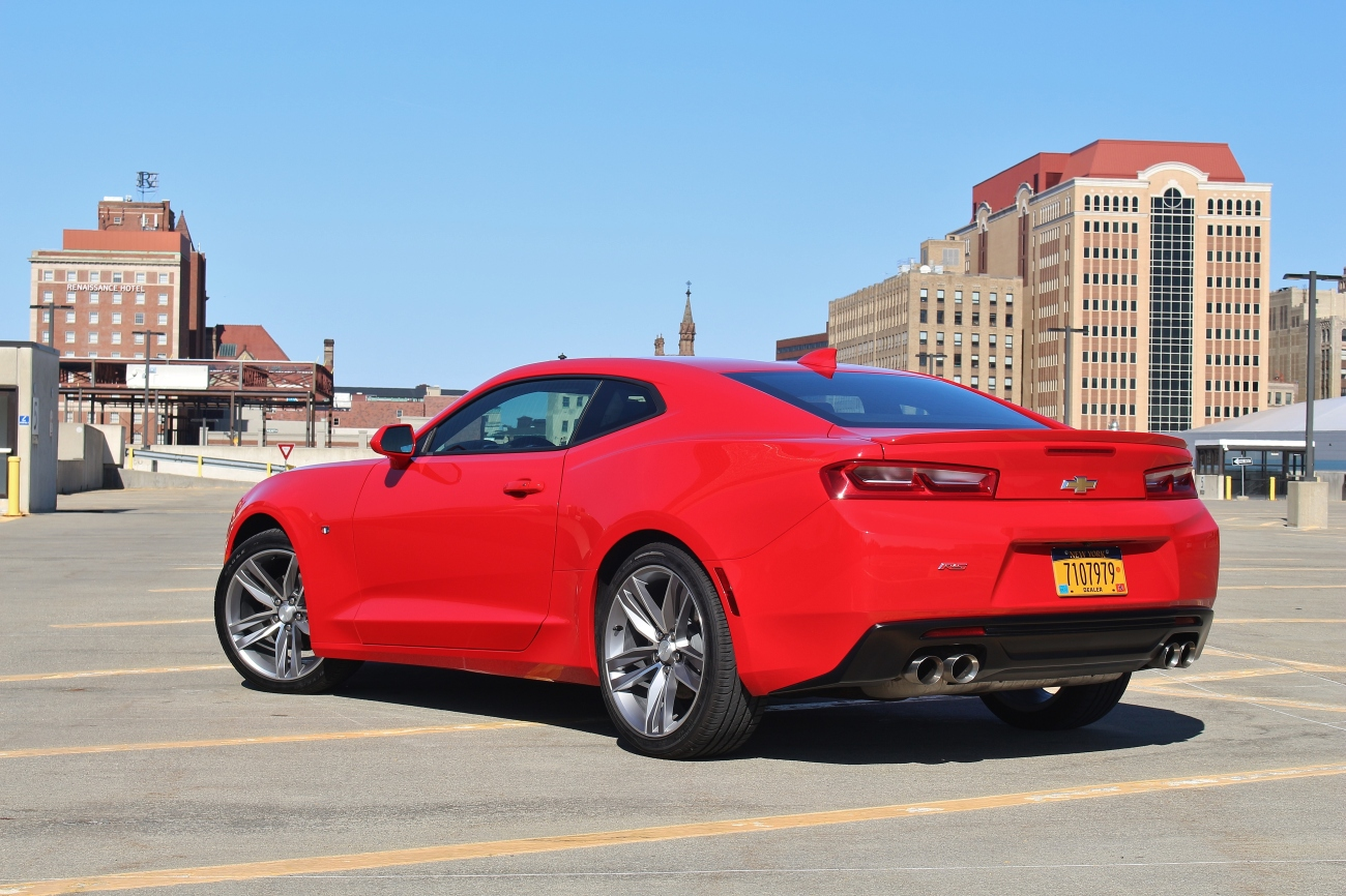 2016-chevrolet-camaro-rs-6