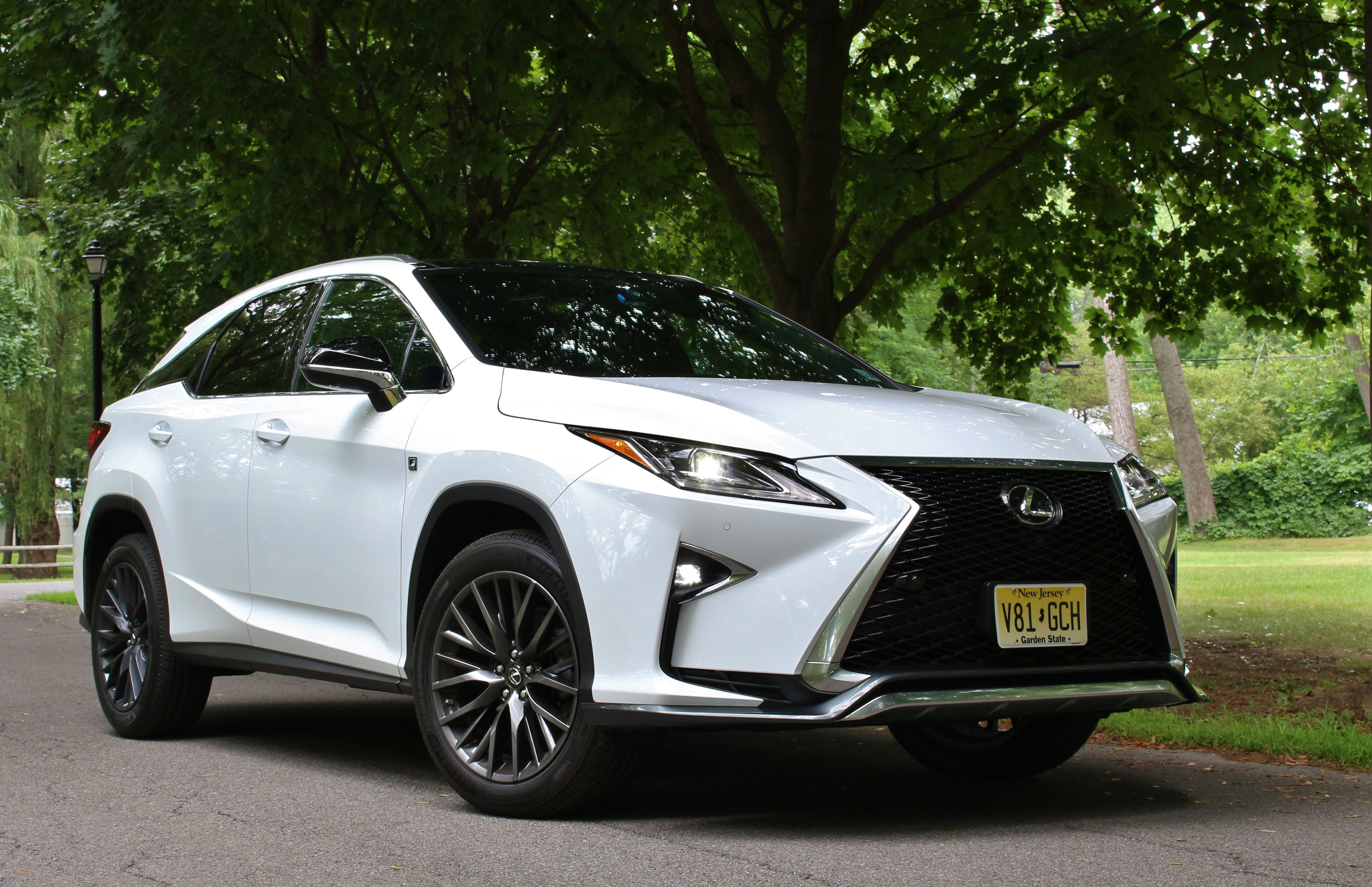 quick spin 2016 lexus rx 350 f sport limited slip blog. Black Bedroom Furniture Sets. Home Design Ideas