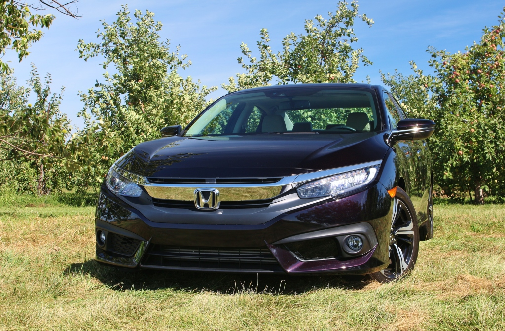 2017-honda-civic-touring-1