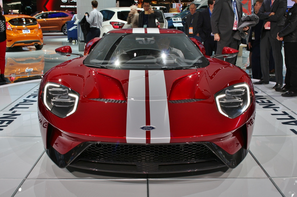 red-ford-gt
