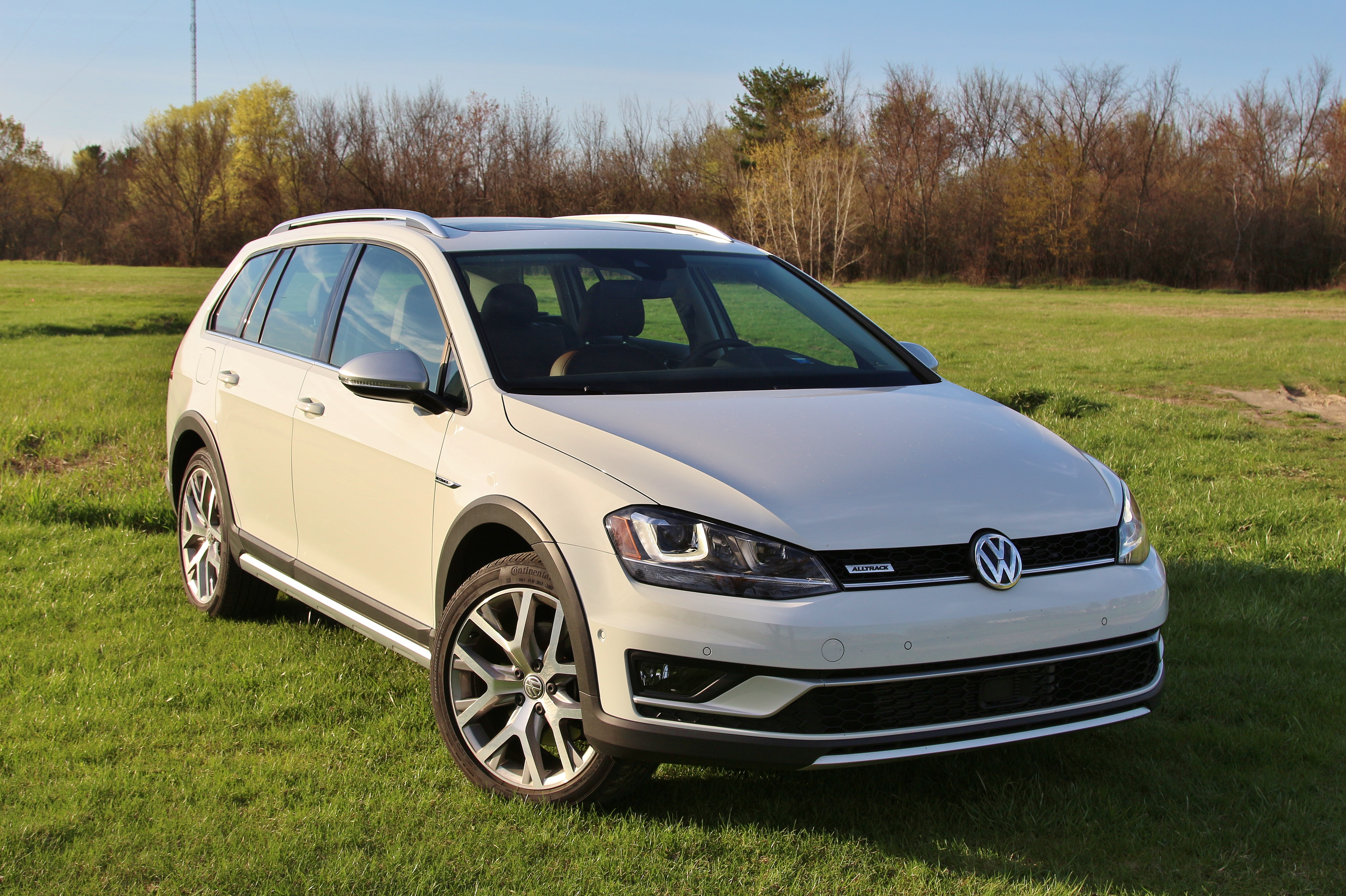 2017 vw golf alltrack 2 limited slip blog. Black Bedroom Furniture Sets. Home Design Ideas