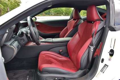 2017 Lexus LC500 14