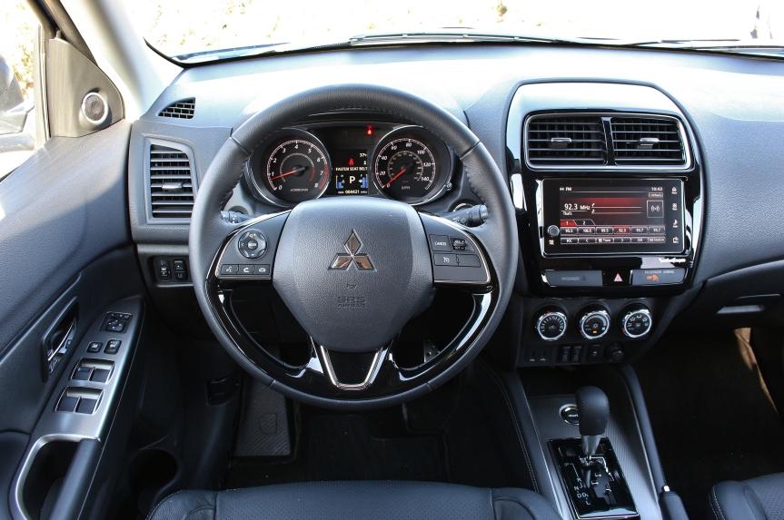 Mitsubishi Outlander Sport 6