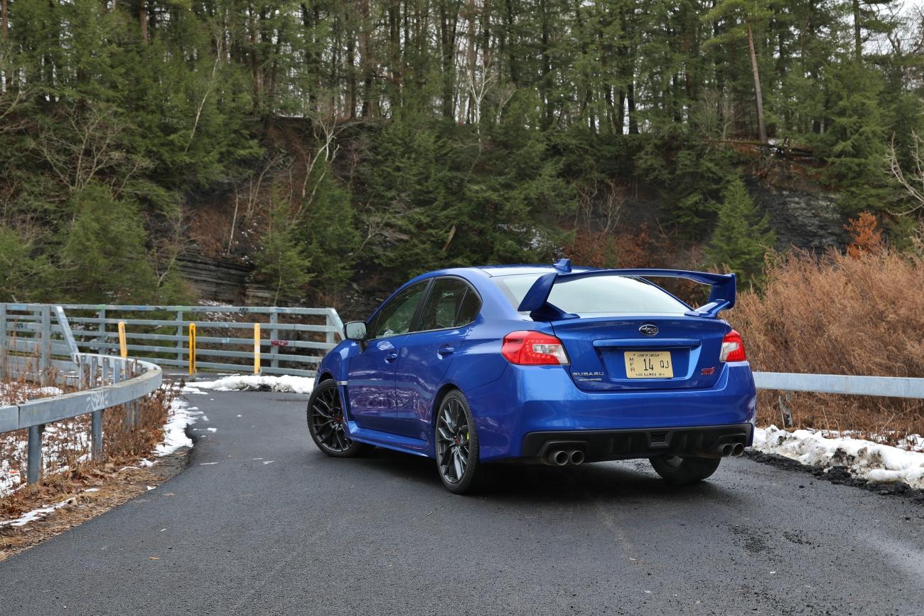 2018 Subaru WRX STi 9