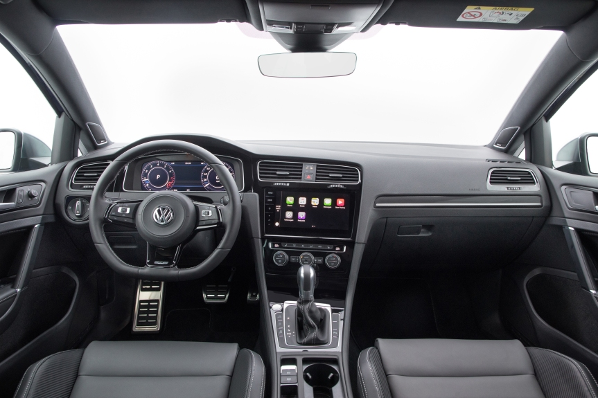 2018 VW Golf R 17