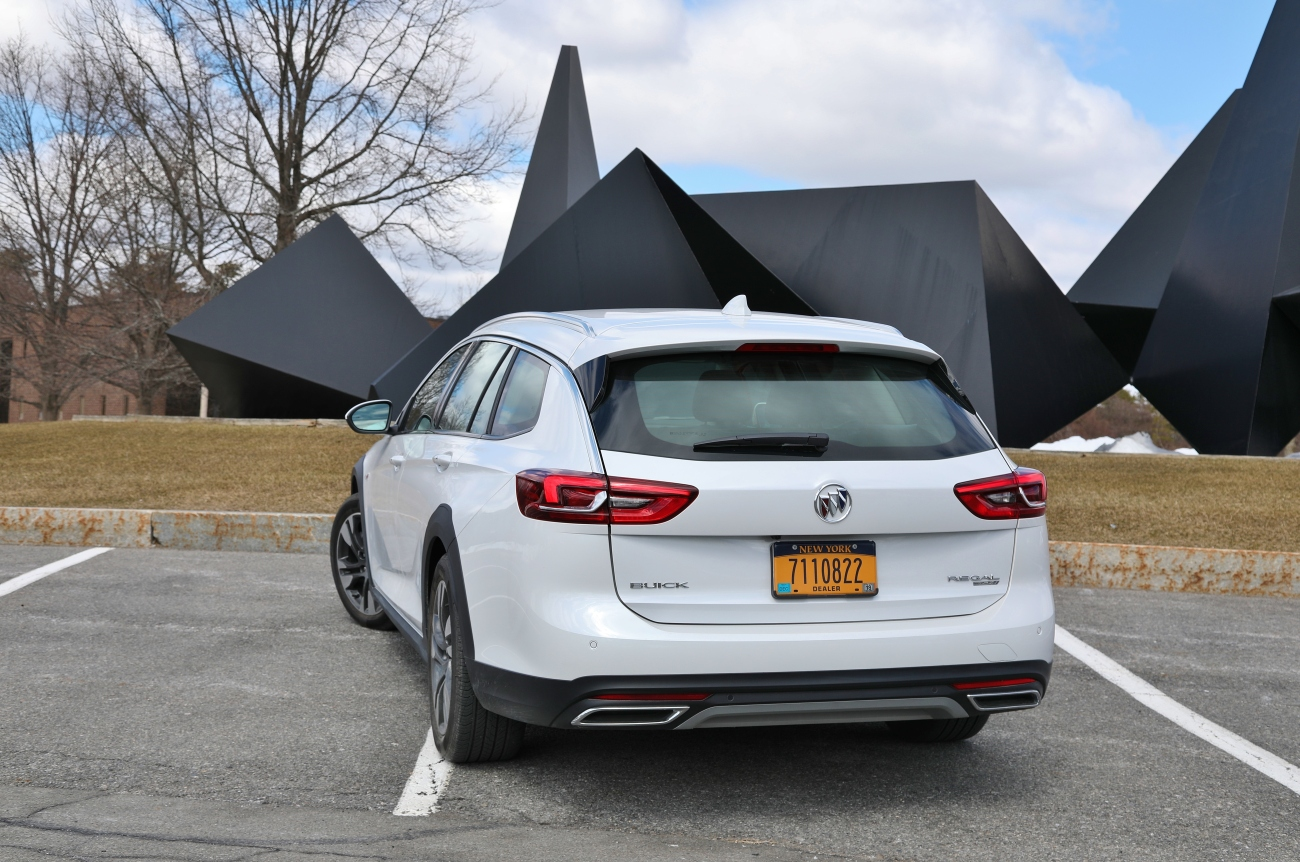 2018 Buick Regal TourX 7