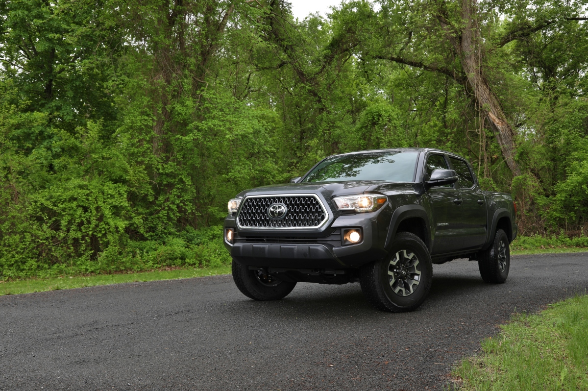 Quick Spin: 2018 Toyota Tacoma 6MT